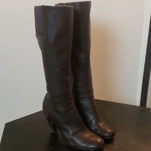 Soft brown leather boots 8.5